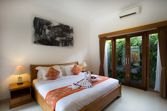 Sandi Agung Villa, hoteles en Seminyak