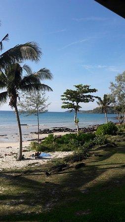 S Beach Resort Photo