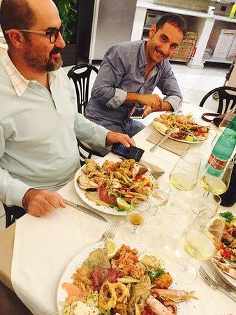 Oliveri, Italia: L'ANTIPASTO DONNA ROSA