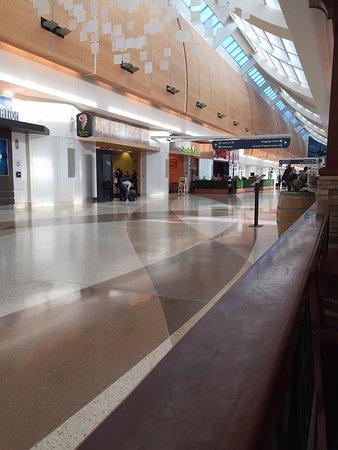 Hyatt Regency Orange County: Lobby