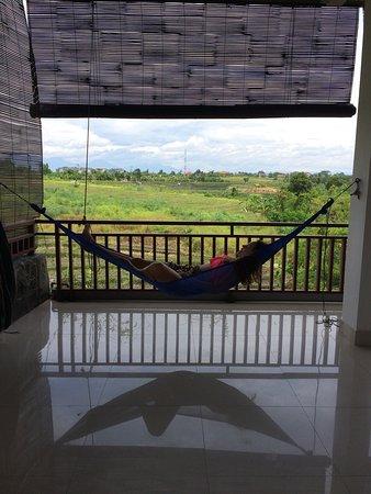 Relaxing, social, feels like home :)