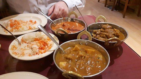 Foto de Curry Village Restaurant