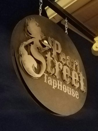 Jeffersonville, IN: Pearl Street Taphouse