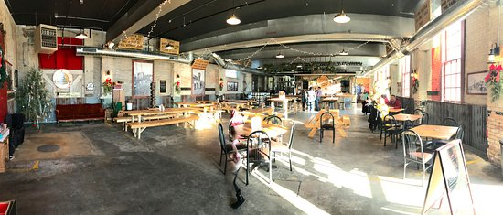 Brainerd, MN: taproom pano