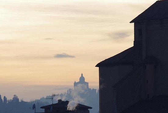 basilica di san luca vista da bologna