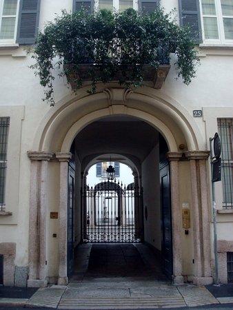 Casa Cornaggia Medici