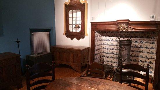 Moers, ألمانيا: Ein Zimmer mit altertümlicher Einrichtung
