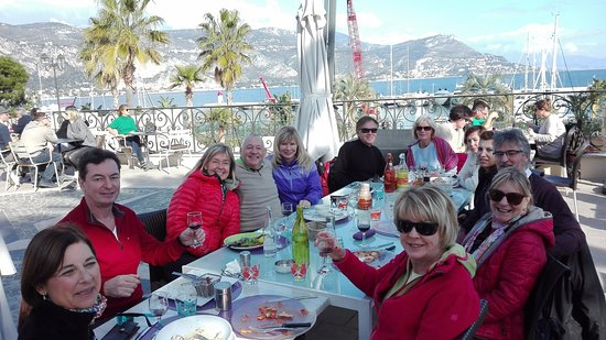 Le Saint Jean : Sunday Lunch while walking rounf Cap Ferrat