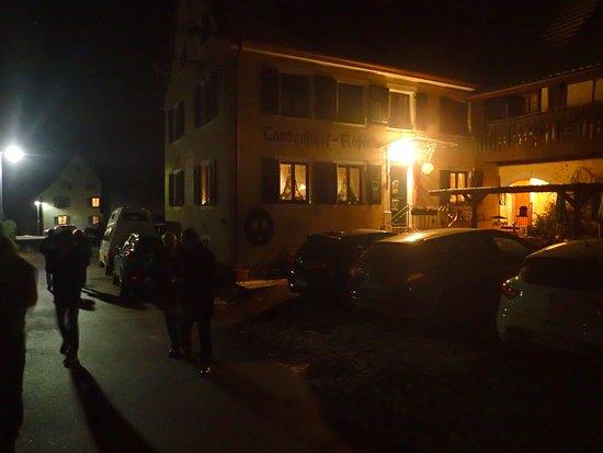 Bad Bellingen, Alemanha: A very welcome view after a kilometre walk in sub zero temperature!