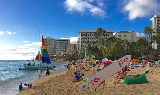 Vive Hotel Waikiki Kuhio Beach Park Taken With Iphone Two Blocks From Entrancee