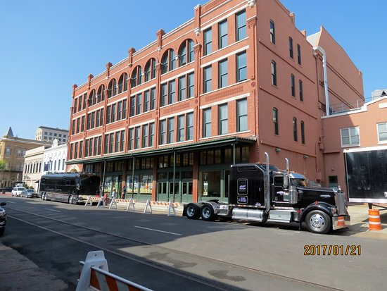 Grand 1894 Opera House: This is the building