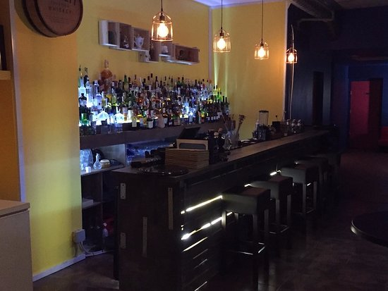 Aguanile Cocktail Bar