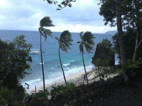 Padre Burgos Castle Resort: Stürmig