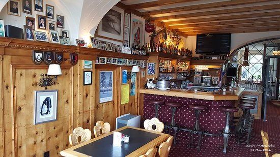 سولدانيلا: A very homely touch in the dining room.