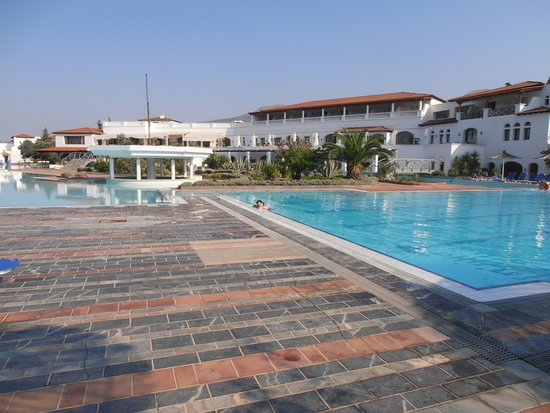Eretria Village Resort & Conference Center