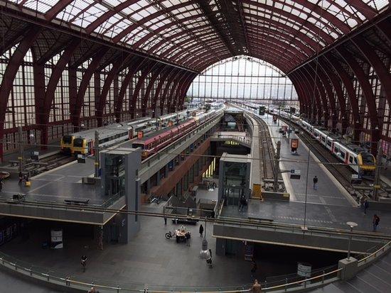 Bahnhof Antwerpen-Centraal: IMG_0900_large.jpg