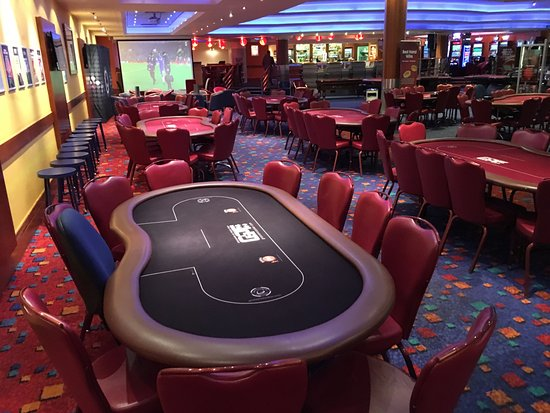 The poker room what is poker run boats