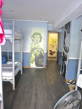 H Rado Hostel: 6 bed female room
