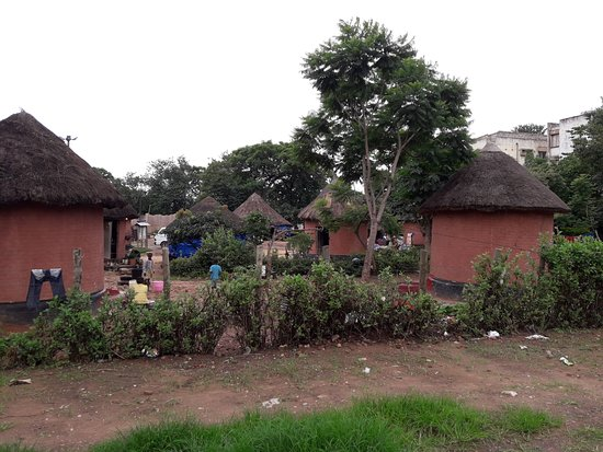 Kabwata Cultural Village: Not so impressive view from the main road