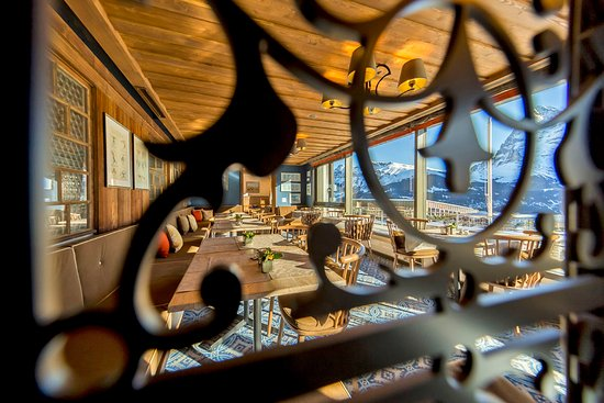 Hotel Eiger Restaurant: Great view from the front lounge