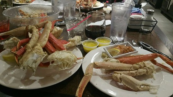 Rochester, WA: MY 3RD AND 4TH PLATE OF crab legs!!!