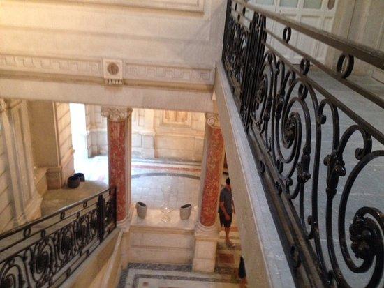 La Redorte, Francia: Foto da escada que leva ate ás suites