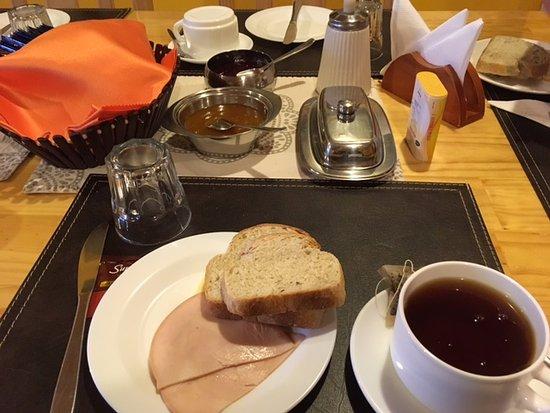 Casa Cecilia Ltda.: desayuno