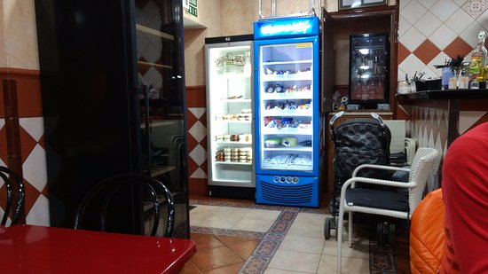 Oasis: The fridge with dessert options