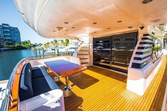 Y Charter Miami