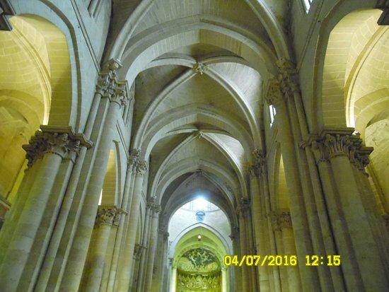 Old Cathedral (Catedral Vieja) : la nave principal