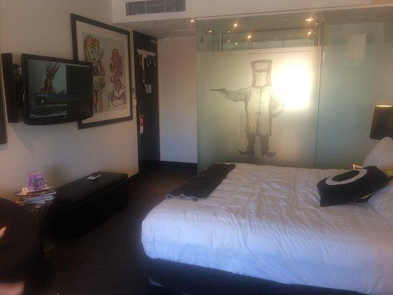 โรงแรมอาร์ทซีรีส์เดอะคุลเลน ภาพถ่าย