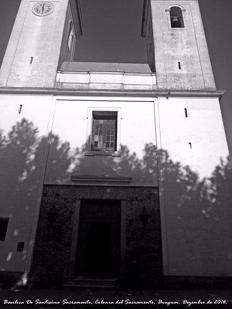 Iglesia Matriz, Basilica De Santisimo Sacramento