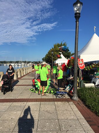 Henry C. Chambers Waterfront Park: Dragonboat Beaufort Charity Race Day 2016