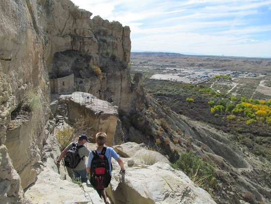 Kokopelli Cave Bed and Breakfast: Trail to cave