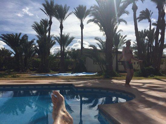 Domaine Rosaroum: UNE villa De reve. Un vrai décors marocain de luxe avec le confort moderne dans les chambres. Se