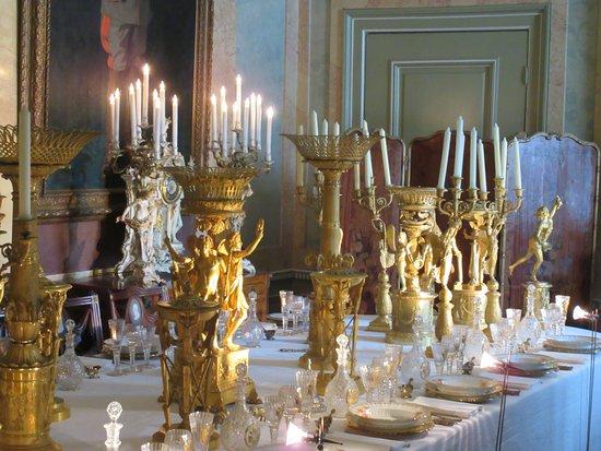 Eetkamer Van Oranje : Eetkamer meubelen nodig eetkamers met landelijke meubelen of