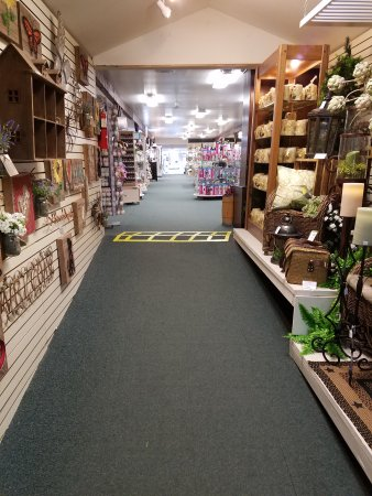 The Shoppes At American Candle: Endless items, gifts and candy assortment.