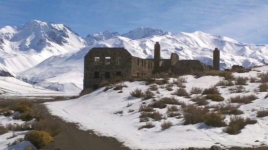 Bruni Aventura: Ruinas del Hotel El Sosneado