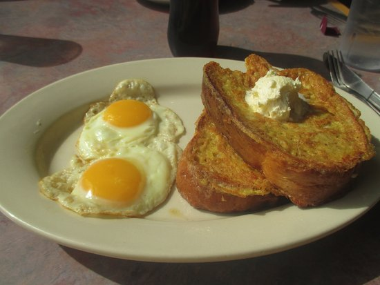New Brighton, MN: 2 Eggs and French Toast