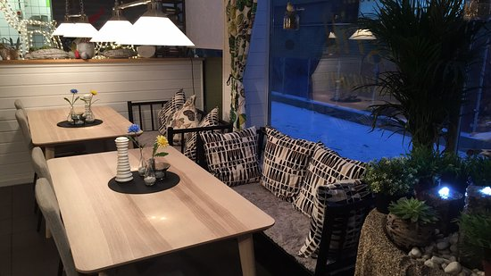 Vanersborg, السويد: Väldigt  Ljust & Fräscht nyrenoverad medelhavs restaurang