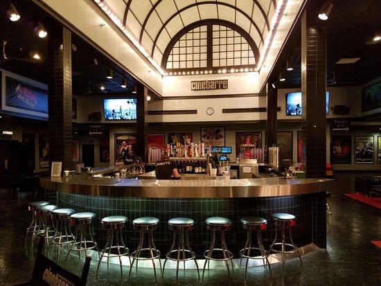 Cinebarre Mount Pleasant Stadium 11: lobby area