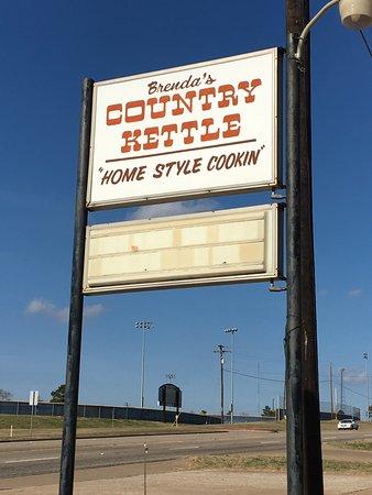 Frankston, TX: Road Sign.