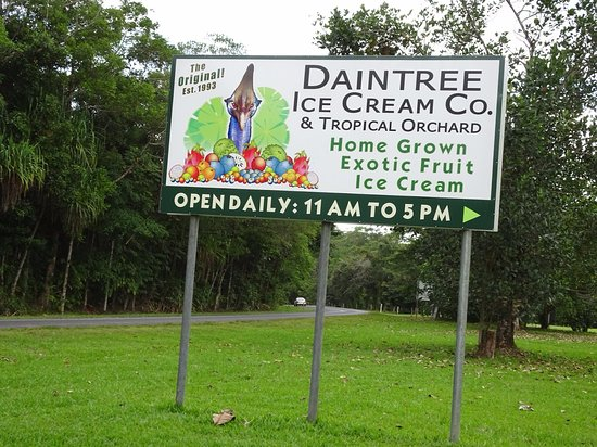 Diwan, Australia: Signage from the main road