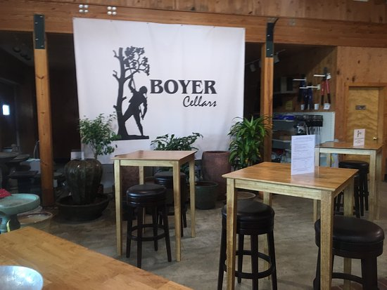 ‪Boyer Cellars‬