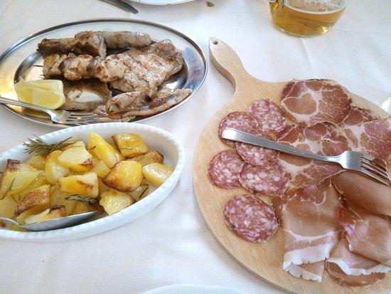 Frontone, Italië: secondi