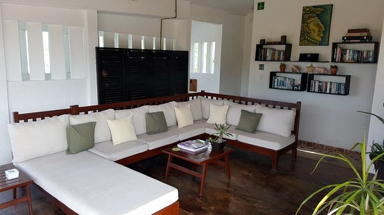 Posada Luna del Sur: rooftop lounge seating