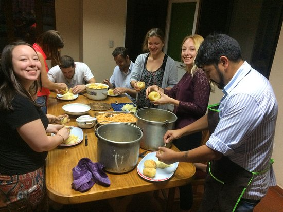 Academia Latinoamericana de Espanol : View of a Cooking Class