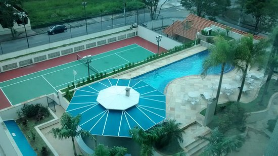 E Quadra piscina e quadra - picture of city hall flat & hotel, sao jose dos