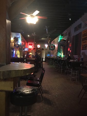 Fun and food at Wood Inn in Carthage IL!