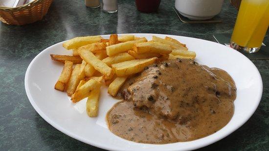 Friends Bar : Steak and pepper sauce. my favourite.